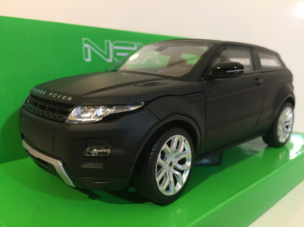 Range Rover Matte Black >> Range Rover Evoque Matt Black 1 24 7 Scale Welly 24021k