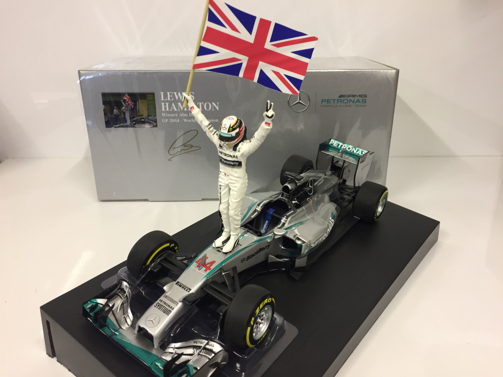 MINICHAMPS 110140644 L. Hamilton Winner Abu Dhabi Mercedes AMG World Champion