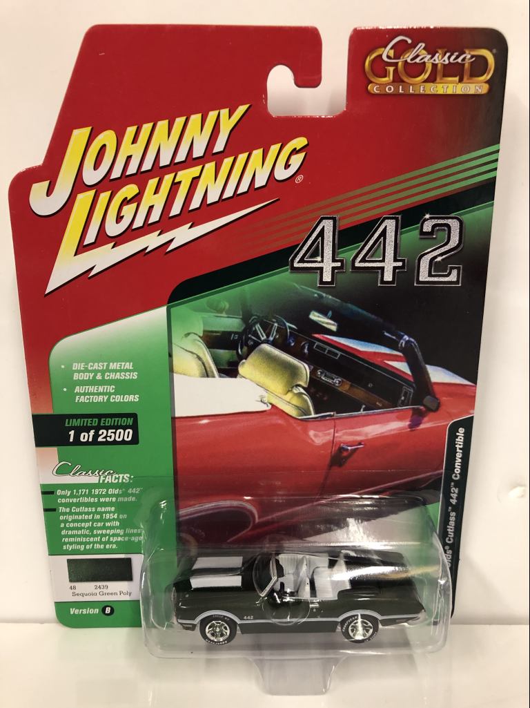 Bronze SALE! NEU /& OVP 1:64 Johnny Lightning 1972 Oldsmobile Cutlass 442 Conv